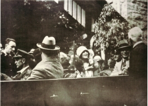 The Duke and Duchess of York during their visit to the Blue Mountains and Jenolan Caves in March 1927.